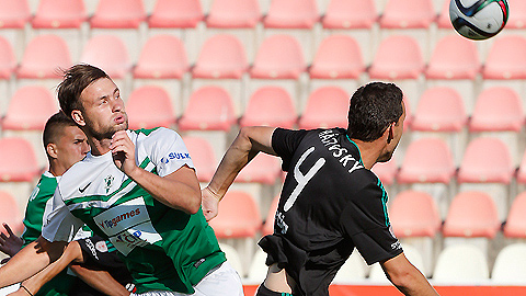 PHOTO: SYNOT liga: Libor Do�ek grabs hattrick, Jablonec beat P��bram